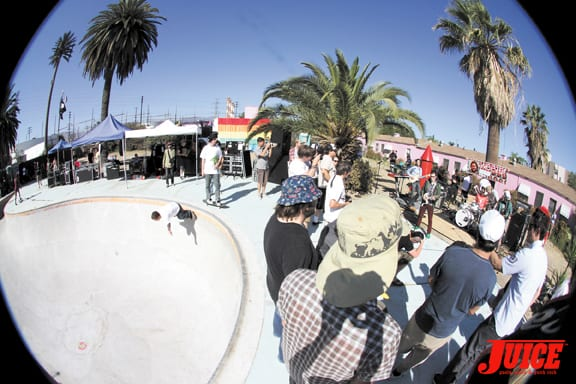 Skateboarding and Music, perfect combo.