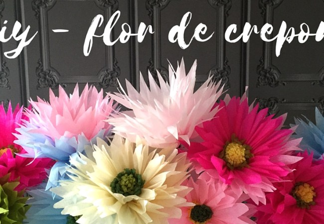DIY - Flores de papel são uma ótima opção para decoração de festas e, porque não, em casa também. São divertidas, charmosas e criativas, além de diferentes.