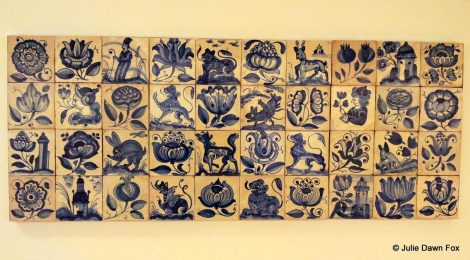These azulejos show dragon- cats, monkey-lions and a flower-breathing lady.