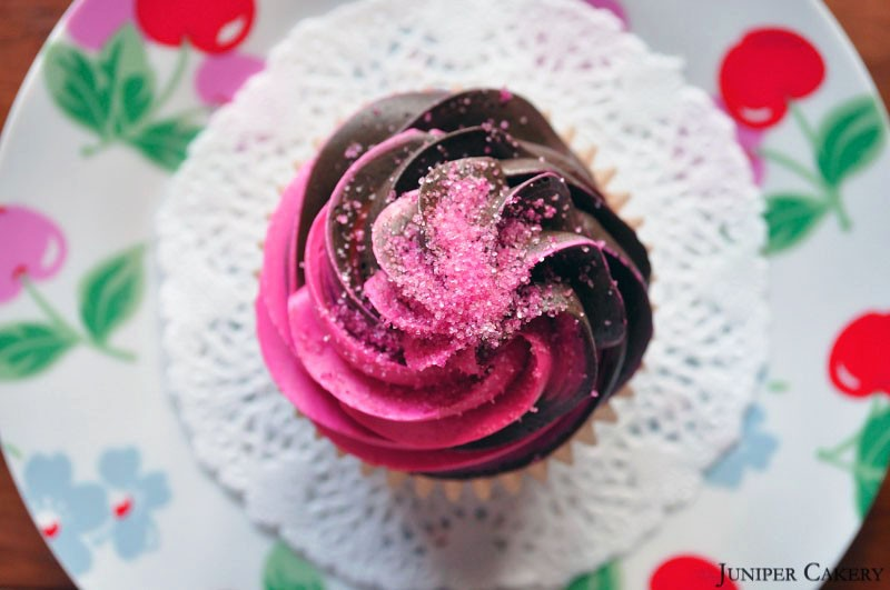 Recipe: Cherry Cola Cupcake