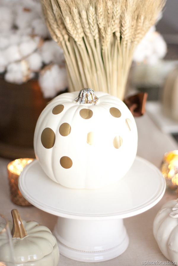 Black and Gold Tablescape-13