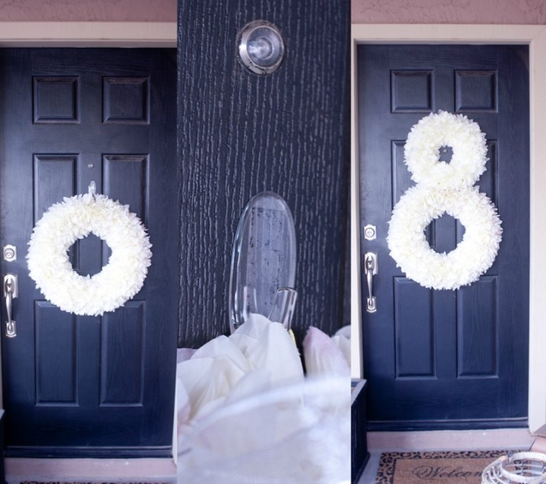 Use Command Brand Outdoor Hooks for Christmas Decor