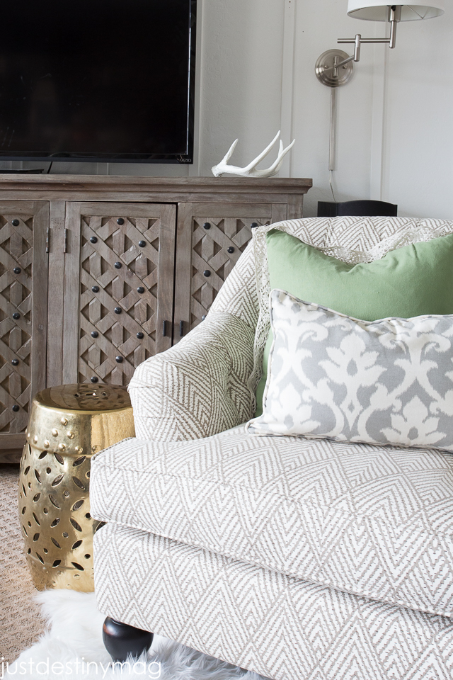 Green and Gray Family Room Inspirationl -Just Destiny_-5
