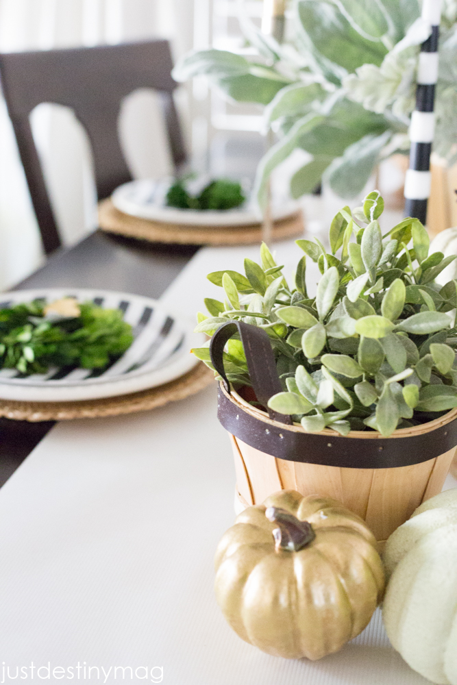 Thanksgiving Table Ideas - Just Destiny Mag-26