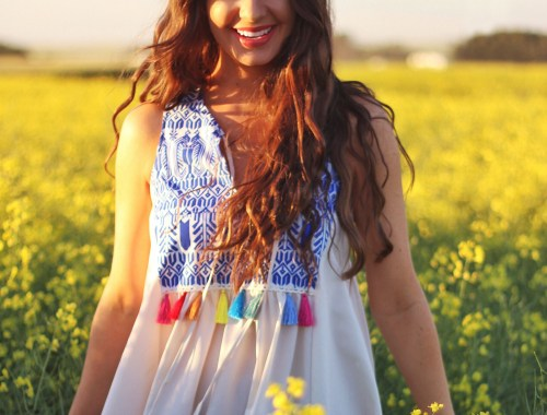 Here Comes the Sun   Carefree Summer Style in a Canola Field   Calgary Fashion Blogger // JustineCelina.com