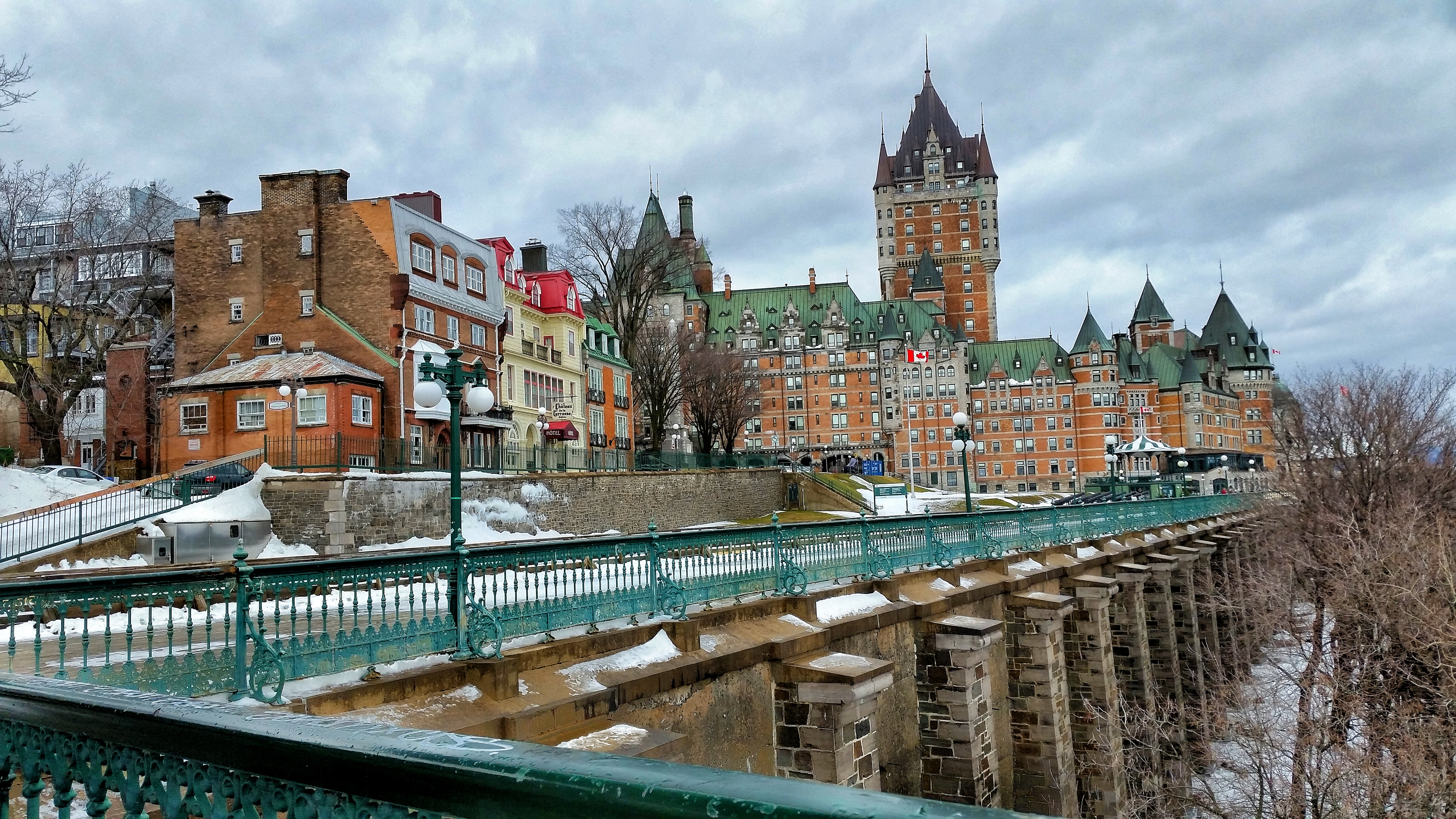chateau frontenac on the st lawrence river