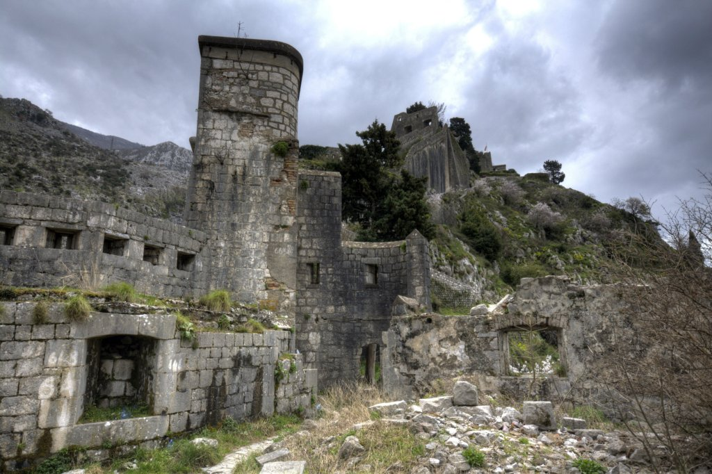 Ruins_of_Fort_of_St_John,_Kotor_1