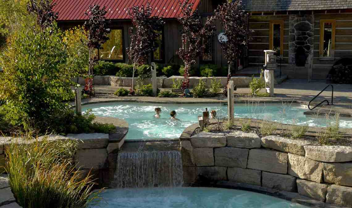 Pure relaxation at scandinave spa blue mountain justin - Spa scandinave ...