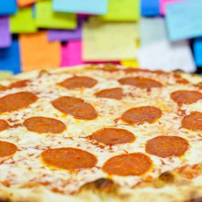 Feeding Philadelphia's Homeless One Slice of Pizza at a Time