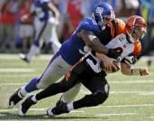 nfl-football-tackle-giants