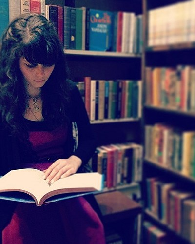 If you find a girl who reads…