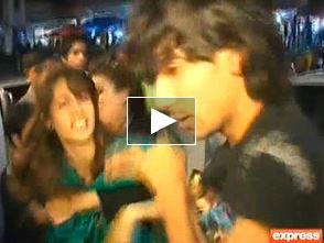 guy-beaten-on-tariq-raod-at