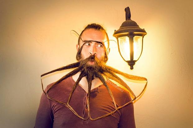Meet Incredibeard The Man With The Beardest Beard On The Internet - Incredibeard glorious beard