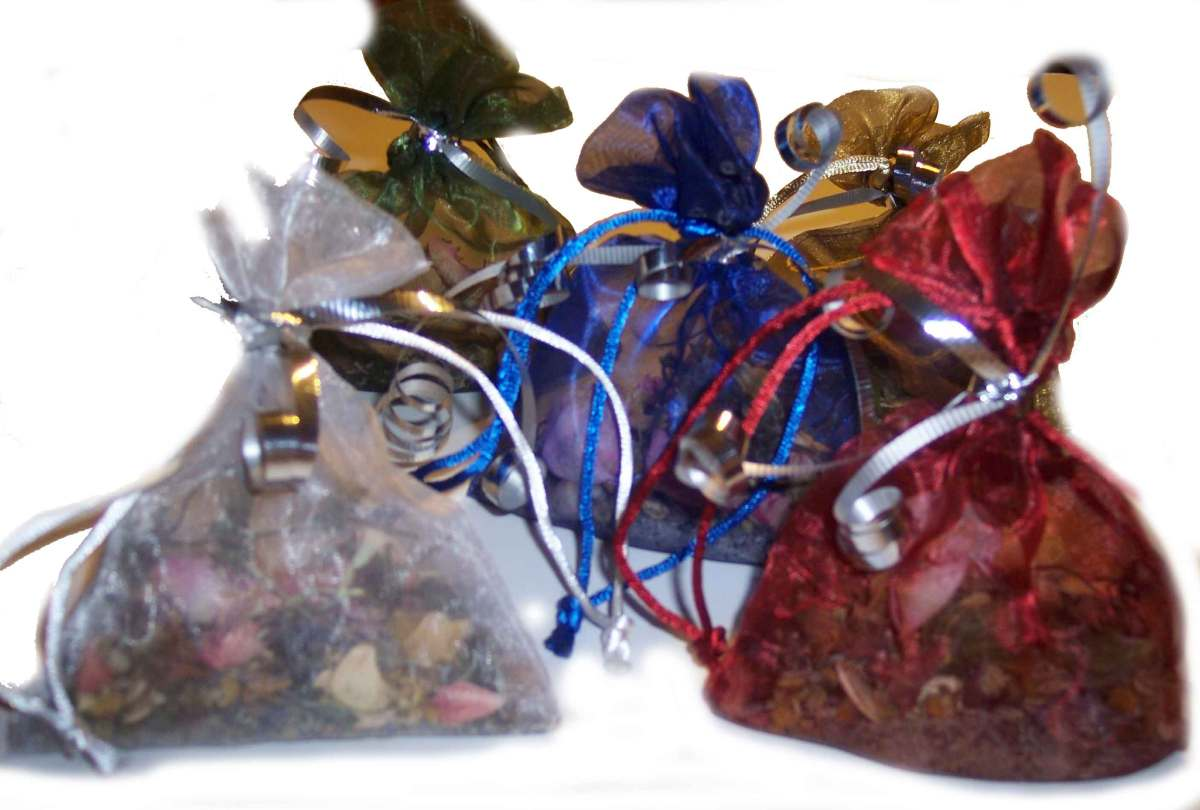 tutorials how to make a charm bag just wicca