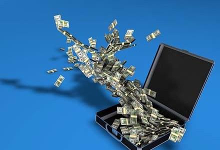 ネットビジネスの自己投資額はいくら?ブログで月収10万円を得るまでに使ったお金を公開