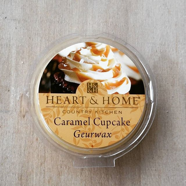 Heart & Home Caramel Cupcake