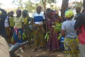 Kankan: Les femmes du district de Sidikidou en colère arrivent jusqu'à la résidence du préfet!