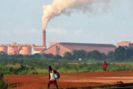 Fébrile économiquement, la Guinée s'associe à la Chine : au mépris du développement durable ?