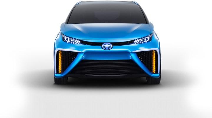 Toyota vesinikauto 5