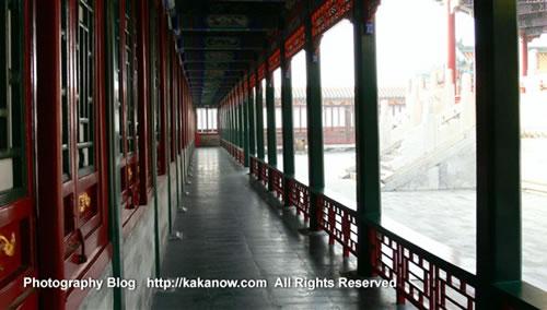 Promenade, in Yiheyuan(the summer palace), Beijing, China. Photo by kaka.