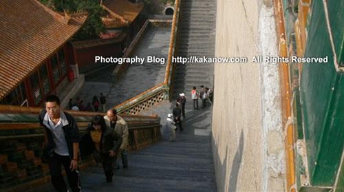 Climb the Wanshou mount, Foxiangge pavilion, in Yiheyuan(the summer palace), Beijing China. Photo by kaka.