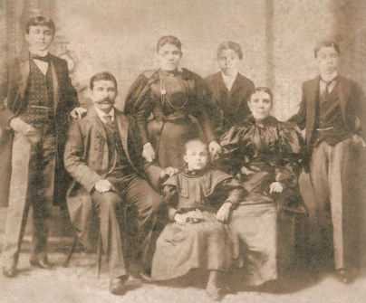 The Rihani Family in New York, ca. 1898. Sa'ada is standing at the rear.