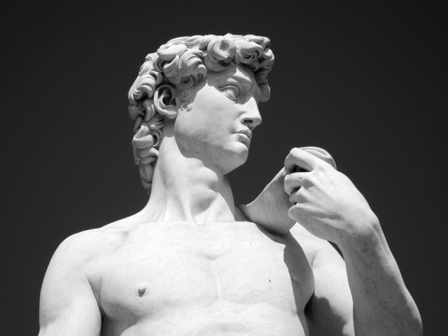 michelangelo-david-replica-forest-lawn-cemetary-by-dennis-hill-flickr