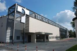 Teatr-Powszechny-front-2