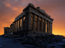 Acropolis at sunrise / arachnifKid (flickr)