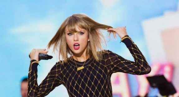 Karen-Civil-Taylor-Swift-Not-Victim-Blog