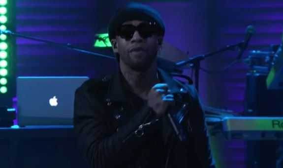 ty dolla sign e-40 perform saved on conan