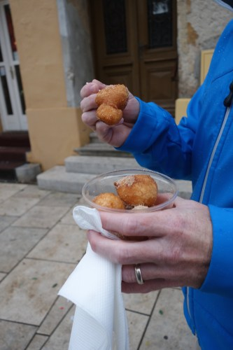 fried balls, croatian desserts