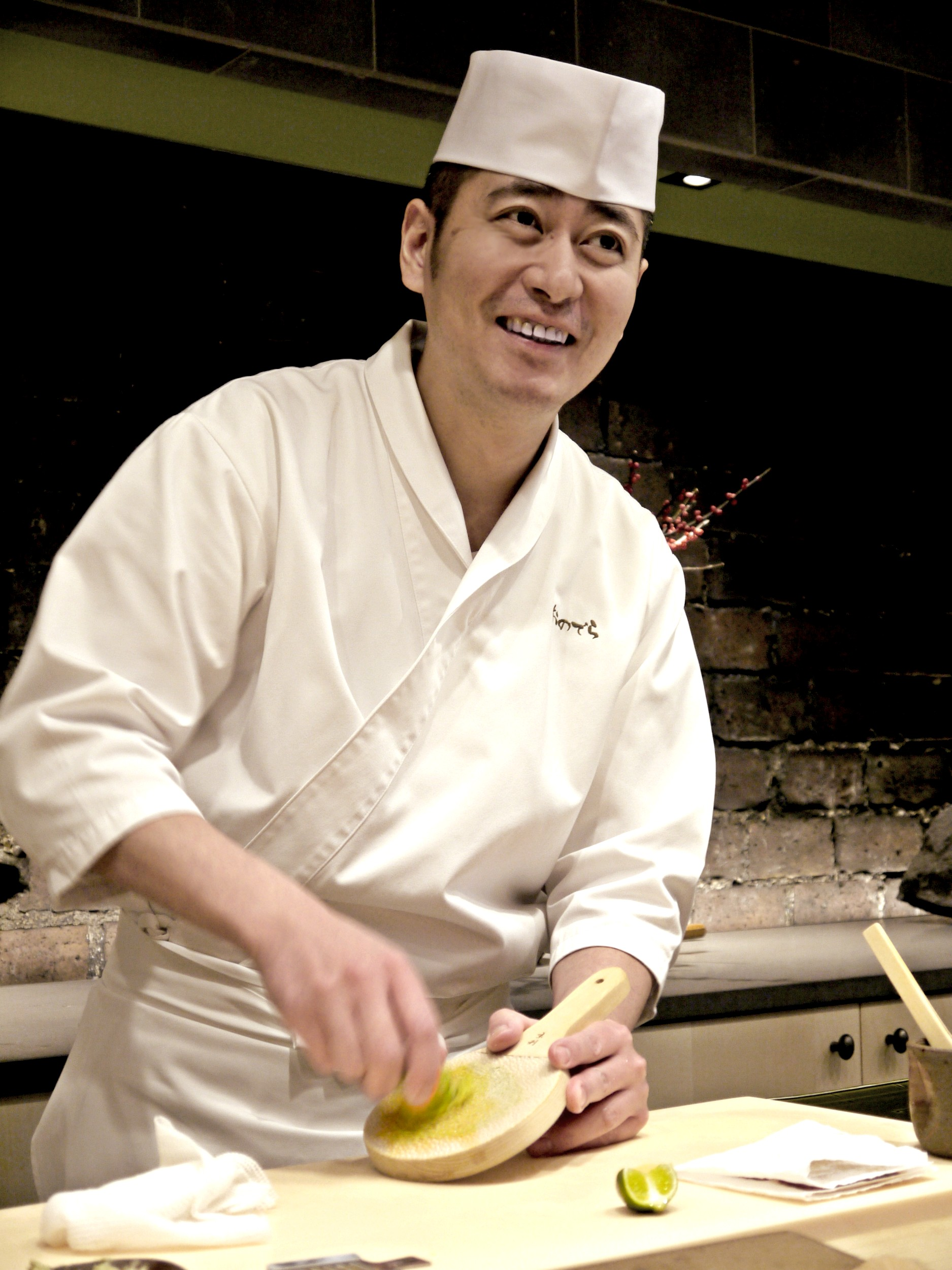 Sushi ginza onodera the perfect sushi experience in paris karin shibata through the - Recherche chef de cuisine paris ...