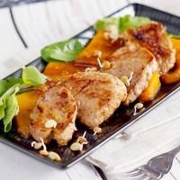 Polędwiczka wieprzowa z pieczoną dynią  i dressingiem miodowym / Pork tenderloin with roasted pumpkin and honey dressing