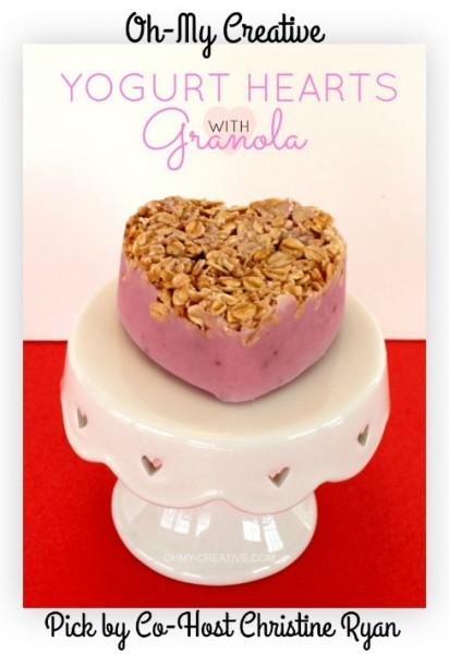 Frozen-Yogurt-Hearts-With-Granola-OHMY-CREATIVE.COM_