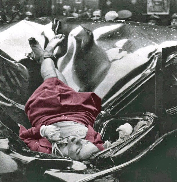 2 kematian evelyn mchale