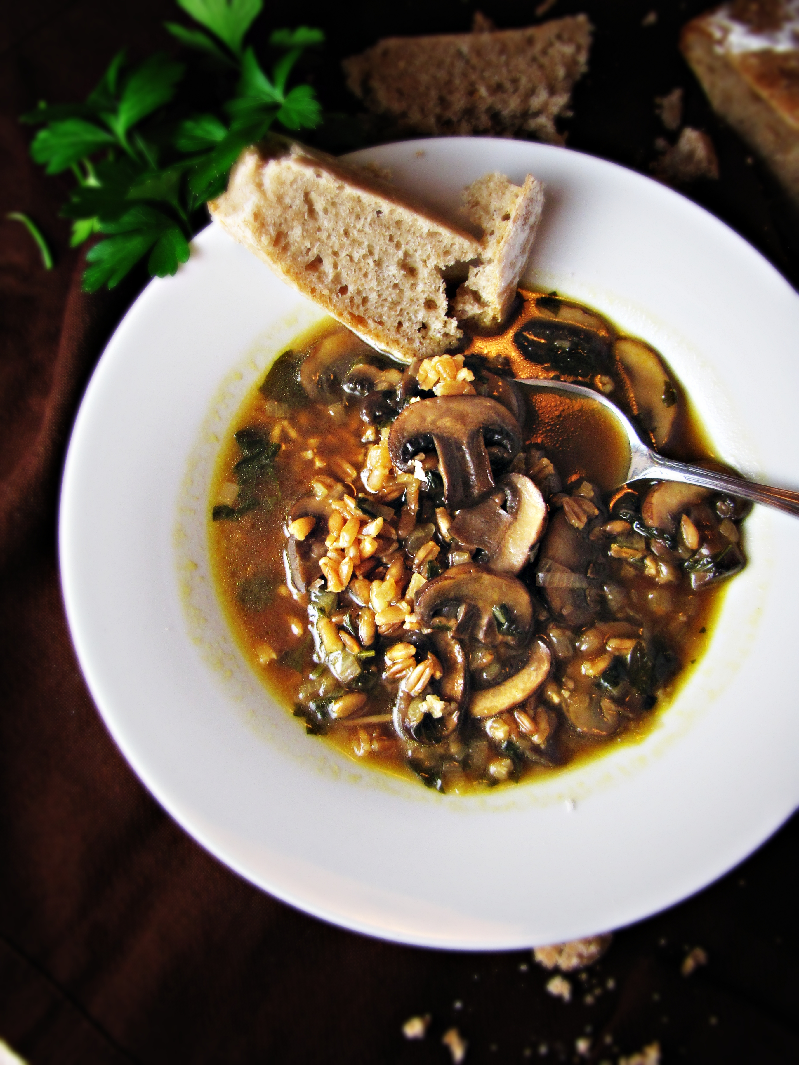 Greatist Collaboration: Mushroom and Farro Soup | Katie at the Kitchen ...