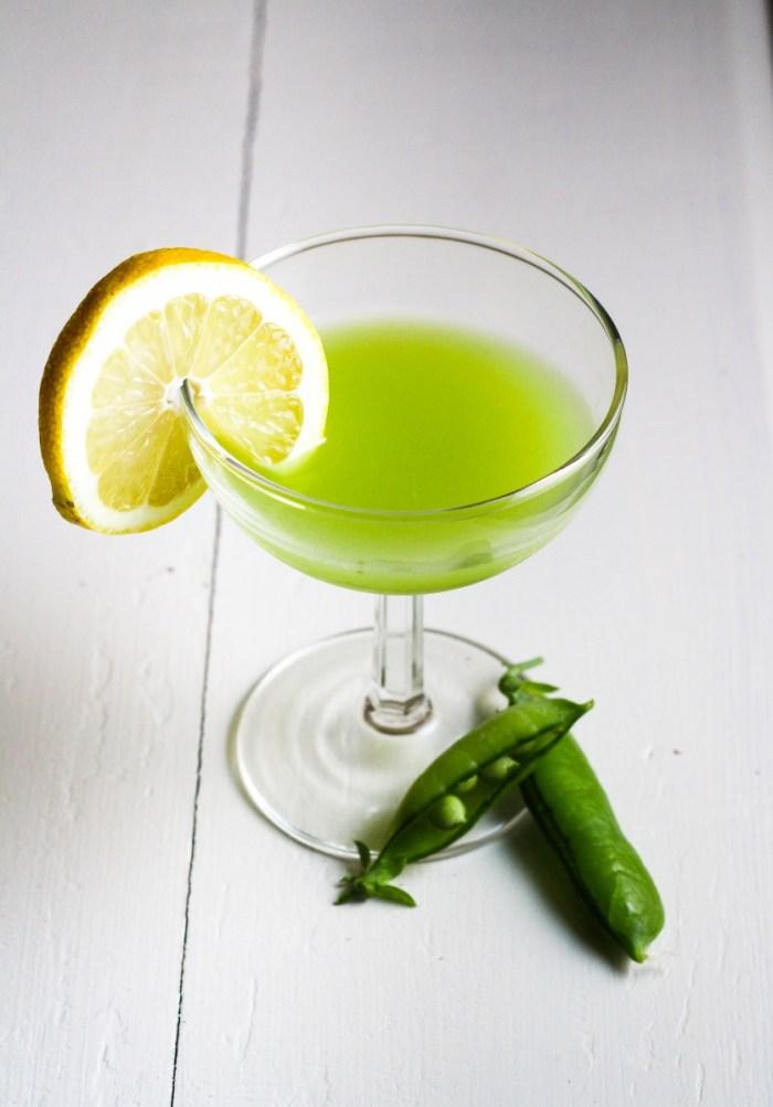 Ingredient of the Week: English Peas // Green Pea Rum Cooler {Katie at the Kitchen Door}