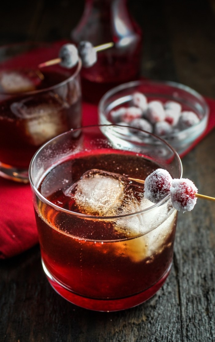 Cranberry-Ginger Sparkling Rum Cider #CaptainsTable #Thanksgiving {Katie at the Kitchen Door}