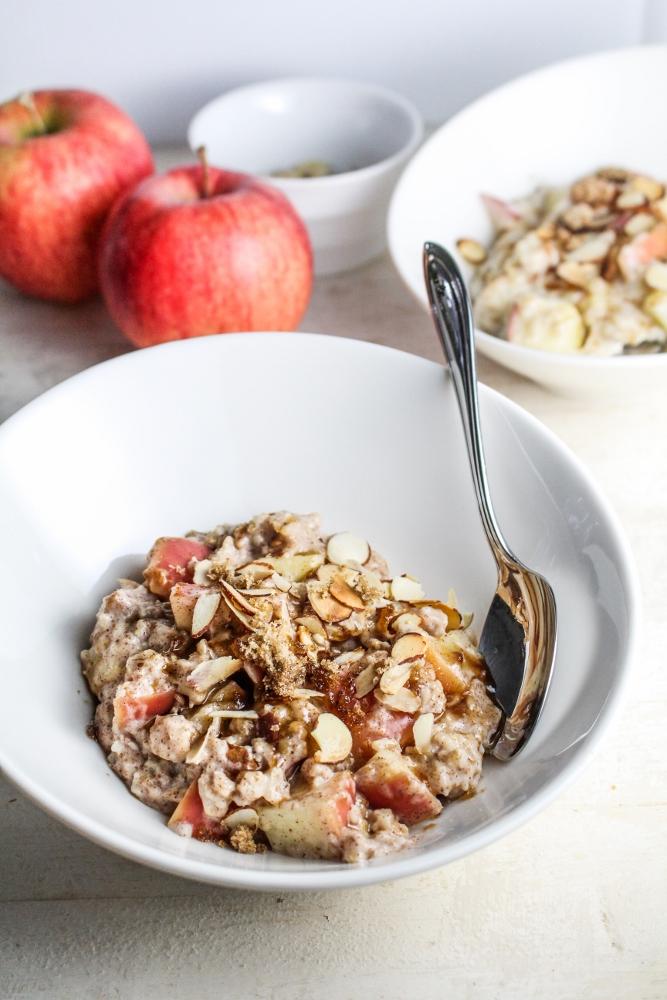 Healthy Winter Recipes - Apple Pie Oatmeal