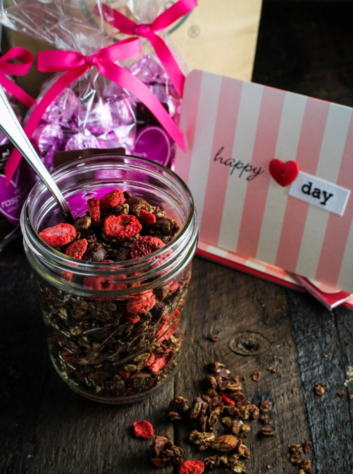 Chocolate-Strawberry-Almond Granola {Katie at the Kitchen Door} #valentines