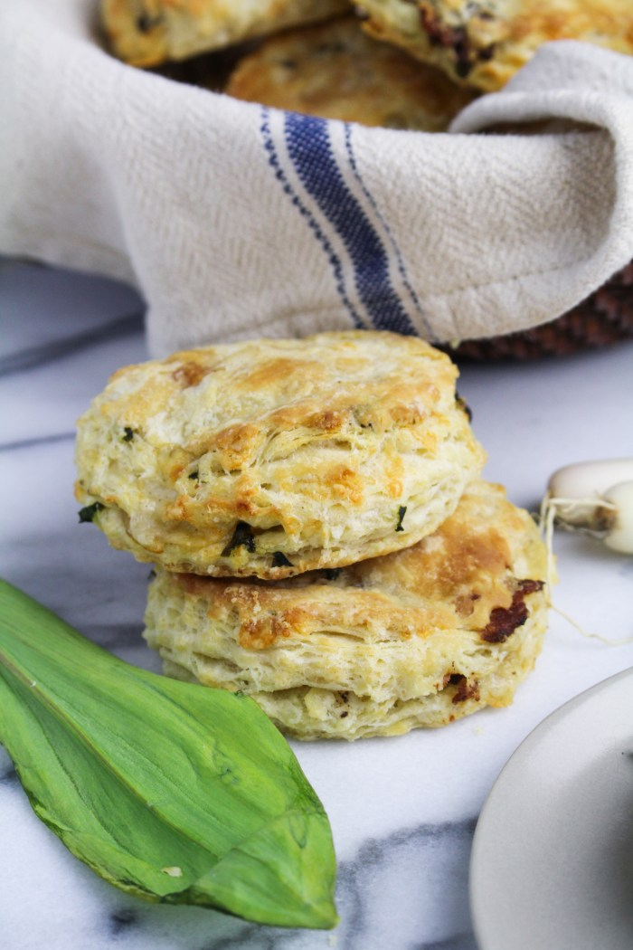 Ramp, Bacon, and Cheddar Buttermilk Biscuits | Katie at ...