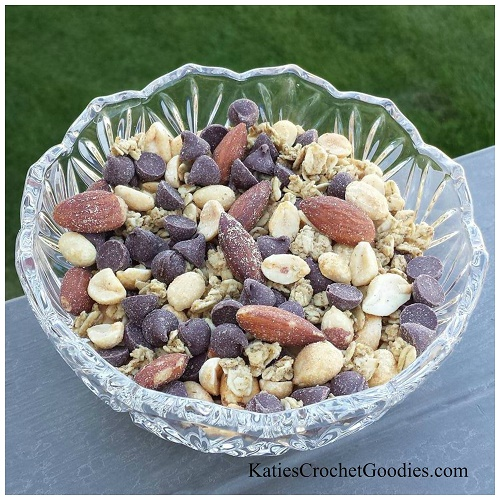 4-Ingredient-Trail-Mix