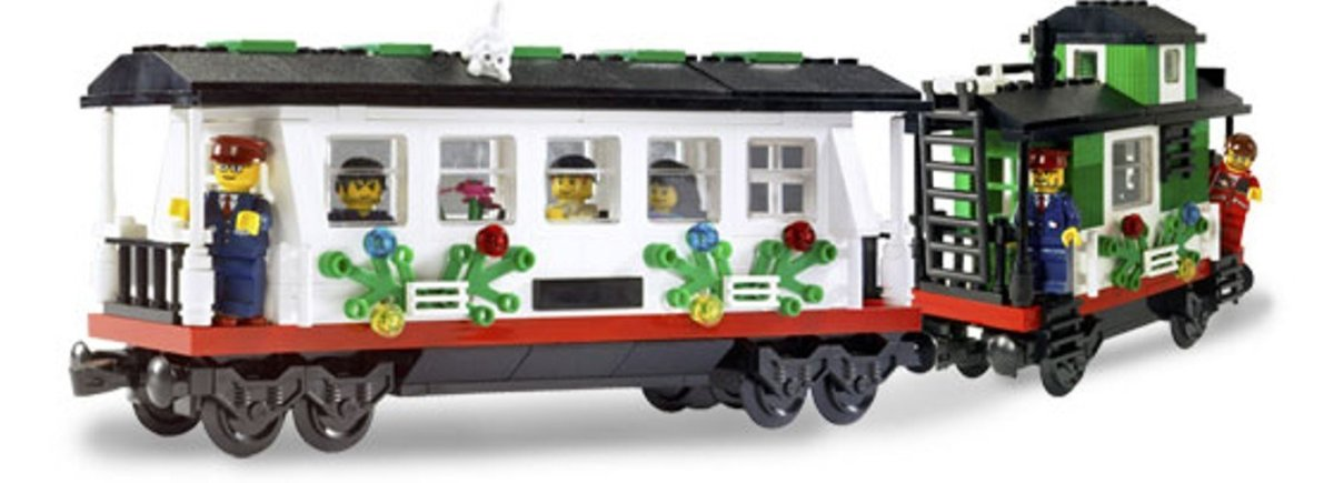 Lego Christmas Train 2016