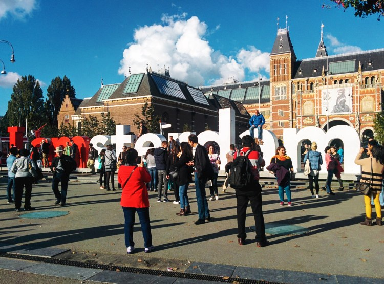 """I amsterdam"" artwork outside of Rijksmuseum"
