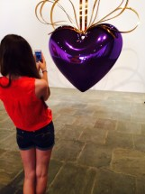 Layne Jeff Koons heart best pix