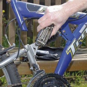 chollo juego de herramientas para bici Draper 3