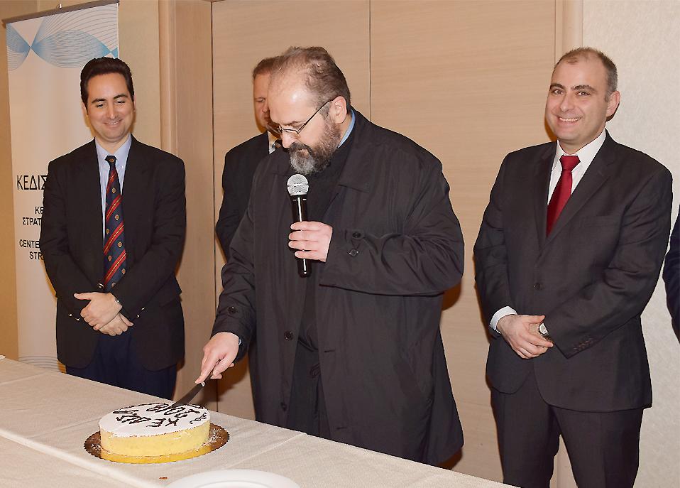 Ο Πανοσολογιότατος Αρχιμανδρίτης Ιεράς Αρχιεπισκοπής Αθηνών κ.Αρίσταρχος Γκρέκας.