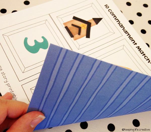 10 commandments print on patterned paper