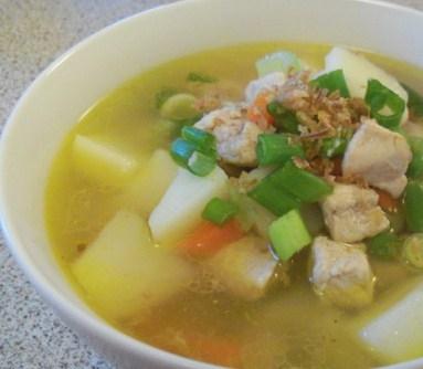sop ayam enak dan segar